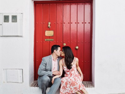 Yuri + Carlos. Engagement Session in Marbella.
