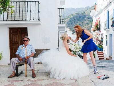 Lois and Nathaniel. Wedding in Casa de los Bates. Nerja.